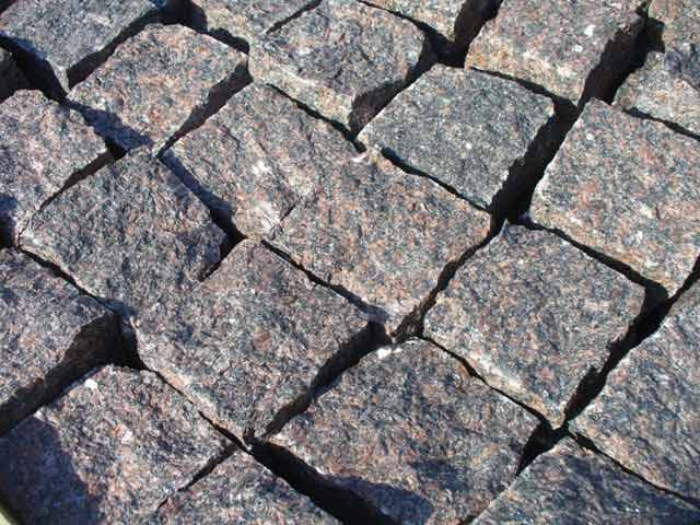 Manufacture and sale of <br> chipped granite pavers <br> in St. Petersburg
