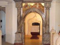 Колонны, памятники, монументы, подоконники и столешницы из мрамора и гранита от производителя по выгонным ценам
