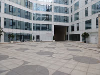 The paving slabs of granite are used for the beautification of urban areas